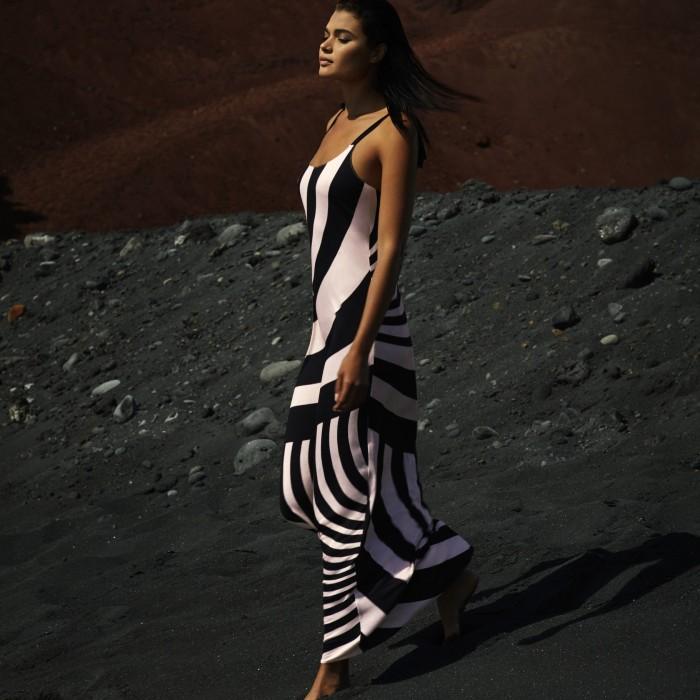 Vestidos negros , largos- Andres Sarda Baño Belle negro y rosa 2019, beach dress