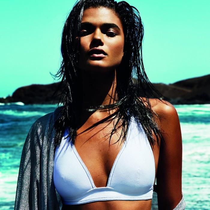 Bikinis Blancos 2019- Bikini triángulo con espuma, bikinis Blancos , Tane Andres Sarda 2019, triángulo rembourré