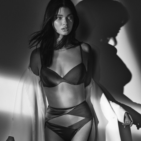 Black Bras- cache coeur, saten, not padded, wire- Black Tiziano Andres Sarda 2019, Lace underwear