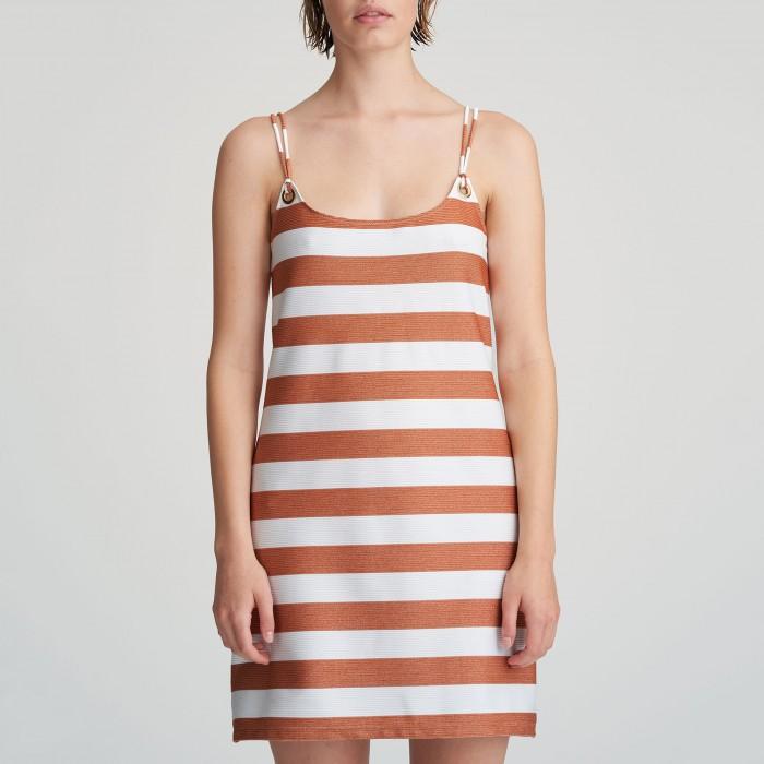 Vestido de verano blanco a rayas beige, pareo Vestido playa Fernanda Verano 2021