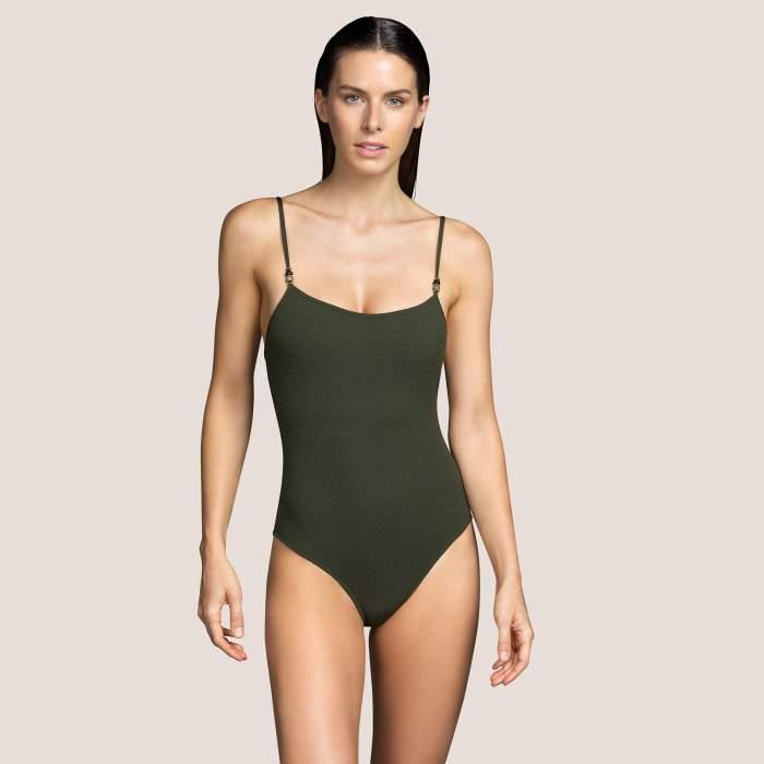 Bañador verde sin relleno...