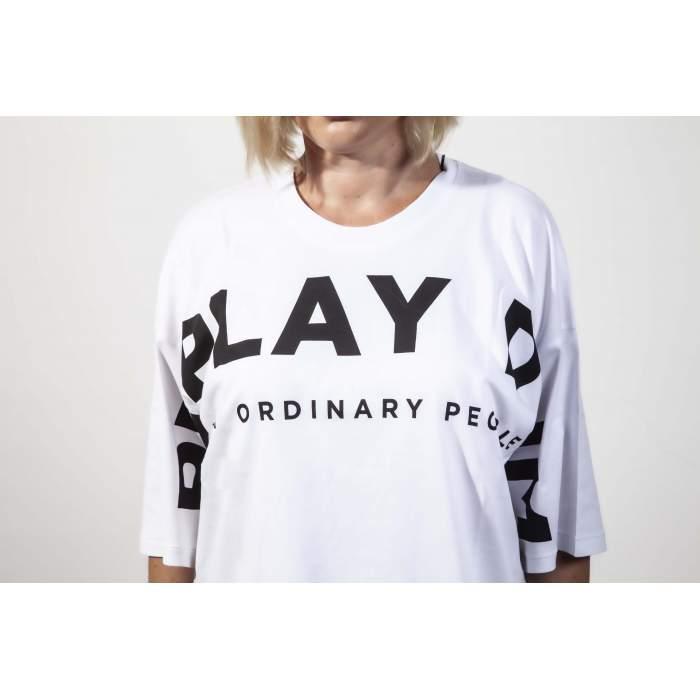 Camiseta blanca maxi logo...