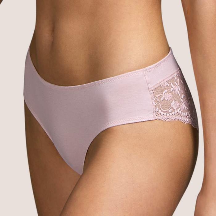 Pink short brief, Andres...