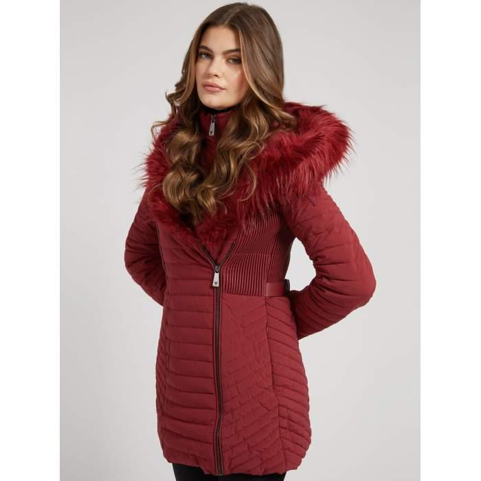Manteau rouge guess...
