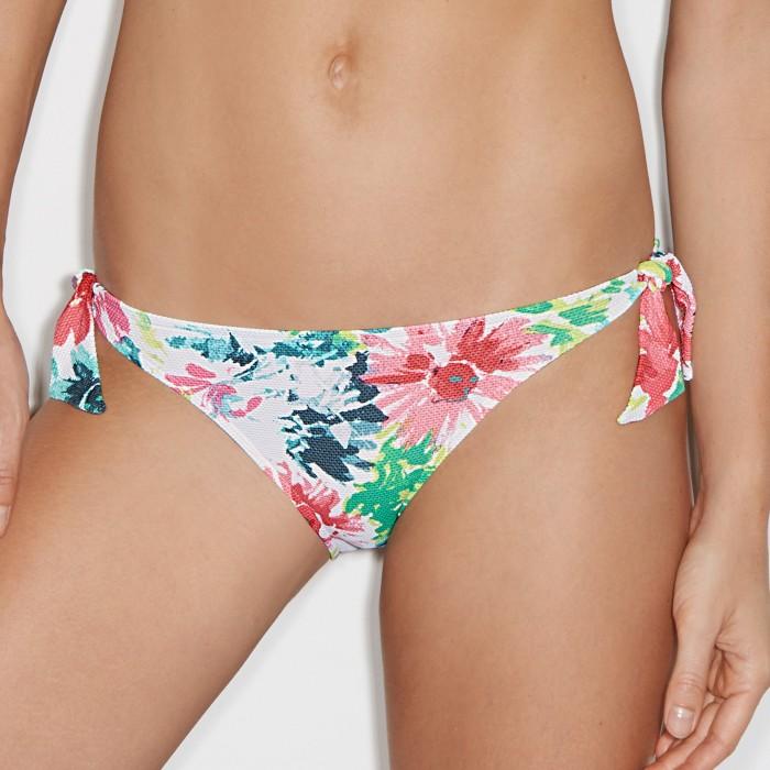 Bikinis imprimé a fleurs...